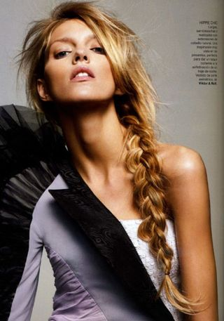 Anja_rubik_side_braid_vogue-717x1024[1]