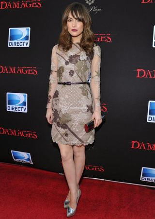 Rose-byrne-in-floral-valentino[1]