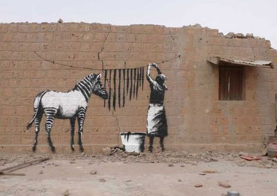 Banksy-graffiti-street-art-washing[1]