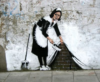 Banksy-graffiti-street-art-maidinlondon[1]